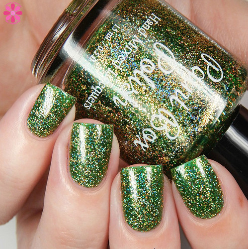 I Want To Be THE Queen (Westerosi Collection) by STELLA CHROMA available at Girly Bits Cosmetics www.girlybitscosmetics.com  | Photo courtesy of Cosmetic Sanctuary