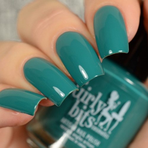 You Can't Handle The Spruce from the Fall 2018 Collection by Girly Bits Cosmetics AVAILABLE AT GIRLY BITS COSMETICS www.girlybitscosmetics.com | Photo credit: Delishious Nails