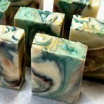 AVAILABLE AT GIRLY BITS COSMETICS www.girlybitscosmetics.com Laurentian Oak Artisan Soap by SoGa Artisan Soaperie