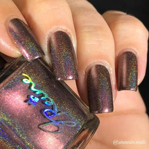 On Fleek from the Holographic Collection by JReine AVAILABLE AT GIRLY BITS COSMETICS www.girlybitscosmetics.com