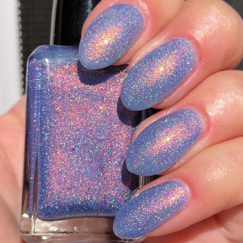 Beauxbatons by Shleee Polish AVAILABLE AT GIRLY BITS COSMETICS www.girlybitscosmetics.com | Photo credit: IG@shleeepolish