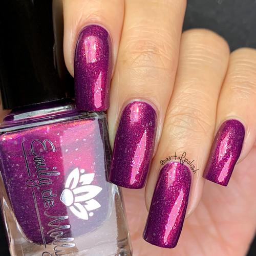 Leave It To Me from the January 2019 Collection by Emily de Molly AVAILABLE AT GIRLY BITS COSMETICS www.girlybitscosmetics.com | Photo credit: @artofpolish