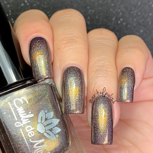 Revolving Door from the January 2019 Collection by Emily de Molly AVAILABLE AT GIRLY BITS COSMETICS www.girlybitscosmetics.com | Photo credit: @artofpolish