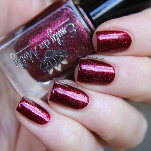 LE 143 from the February 2019 Collection by Emily de Molly AVAILABLE AT GIRLY BITS COSMETICS www.girlybitscosmetics.com | Photo credit: @emilydemolly