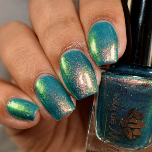 Botanical Musings from the May 2019 Anniversary Collection by Emily de Molly AVAILABLE AT GIRLY BITS COSMETICS www.girlybitscosmetics.com | Photo credit: The Polished Mage