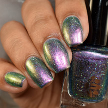 Pale Horse from the May 2019 Anniversary Collection by Emily de Molly AVAILABLE AT GIRLY BITS COSMETICS www.girlybitscosmetics.com   Photo credit: The Polished Mage