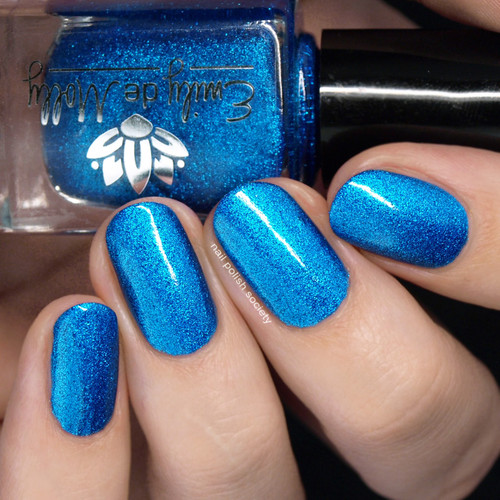 Out Cold from the May 2019 Collection by Emily de Molly AVAILABLE AT GIRLY BITS COSMETICS www.girlybitscosmetics.com | Photo credit: Nail Polish Society