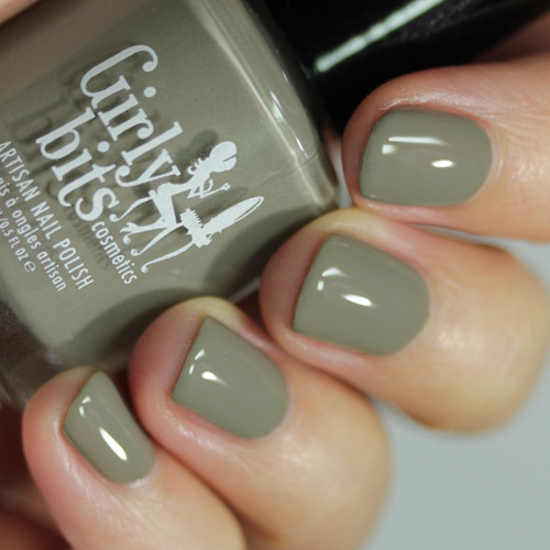 Sage Against the Machine from the Fall 2019 Collection by Girly Bits Cosmetics AVAILABLE AT GIRLY BITS COSMETICS www.girlybitscosmetics.com | Photo credit: Streets Ahead Style