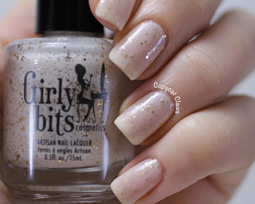 Swatch courtesy of Copycat Claws | GIRLY BITS COSMETICS Eggnogoholic