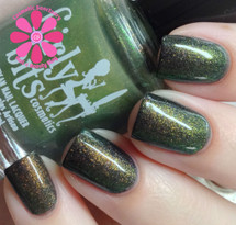 Swatch courtesy of Cosmetic Sanctuary | GIRLY BITS COSMETICS Street Magic