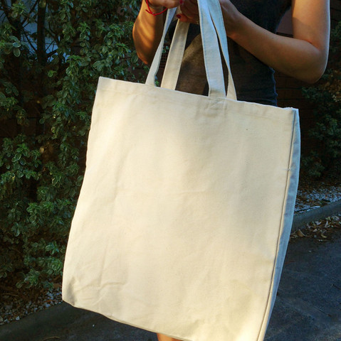 BEACH | carry-all canvas bags | plain totes & carry bags