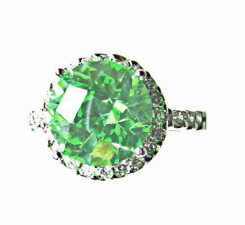 peridot and sapphire ring