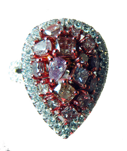 pink-and-white-diamond-ring-close-up-v2-66305.1436284685.500.500.jpg