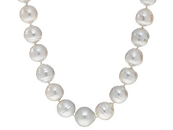 Freshwater off white cultural pearls