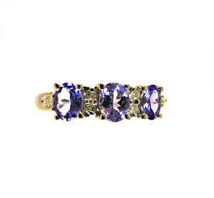 Nice Tanzanite & Diamond Ring