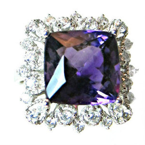 Siberian Amethyst and White Diamond Gold Ring