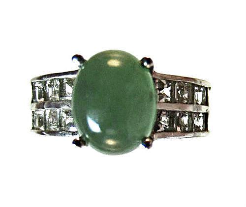 green emerald quartz and white topaz ring
