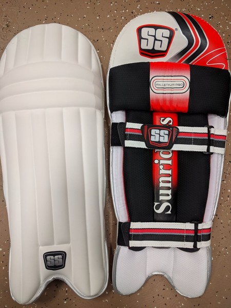 SS Millennium Pro Cricket Batting Pads image