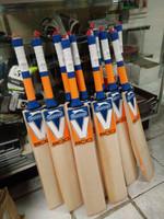 Slazenger V800 AEROBLADE Cricket Bat 2015