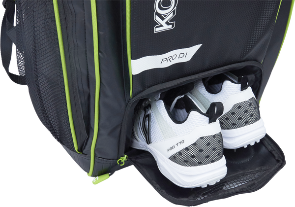 Kookaburra Pro D1 Duffle Bag - black/green 2017 shoe compartment