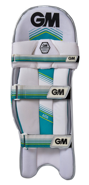 The rear of the GM 606 batting pad features a secure 3 strap system.