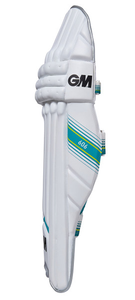 The side of the GM 606 batting pad has big wings to increase protection.