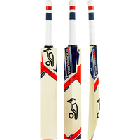 The Ignite Cricket Bat is a classical lightweight bat with a traditional profile