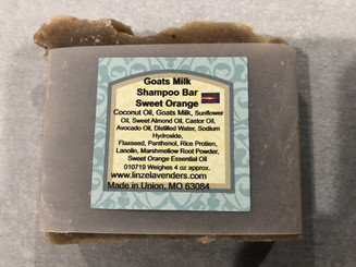 Goats Milk Shampoo Bar Sweet Orange (Saponified Coconut Oil, Goats Milk, Castor Oil, Avocado Oil, Sweet Almond Oil, Sunflower Oil) Distilled Water, Sodium Hydroxide, Panthenol, Marshmallow Root Powder, Flaxseed, Lanolin, Rice Protein, Sweet Orange Essential oil. Lathers up very rich and creamy. This is Hot Process Soap.