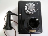 1920 Western Electric wall telephone 653A  #2 dial