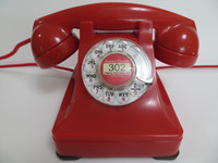 RED 302 telephone made by Western Electric