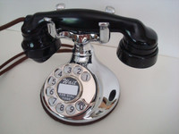 Western Electric 102 telephone in Chrome