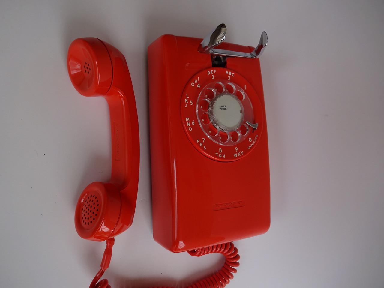 Stromberg Carlson Rotary dial wall phone Orange 500 - Old