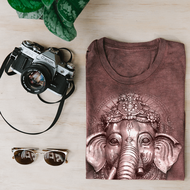 5 Ways To Wear The Mountain's New Eco-Friendly Fitted Women's T-Shirt