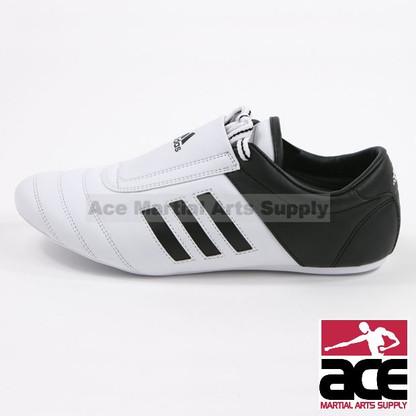 adidas dga calcio a los angeles il negozio di scarpe di formazione