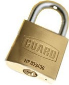 "Guard Brass Padlock 1-¼""(30mm) BODY 3/4""SHACKLE"