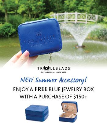 2019-bluejewelrybox-small.jpg