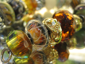trollbeads-galllery-spiral-bead.jpg
