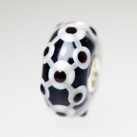 Black & White Unique Bead