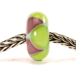 Green-Purple Triangles on a chain