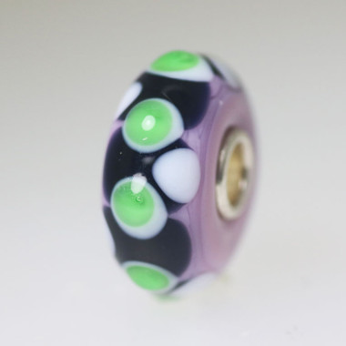 Green & Black On Mauve Bead