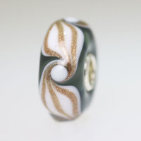 Glitter Design on Grey Bead