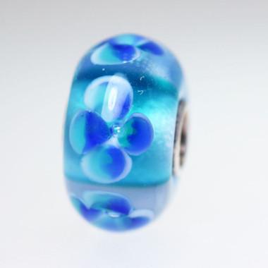 Rich Aqua Flower Bead