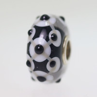 Black Unique Bead