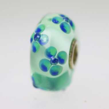 Light Green Bead With Flowers