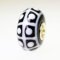 Black & White Opaque Bead
