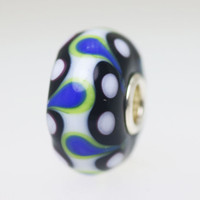 Black & White Opaque Bead