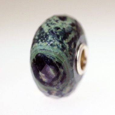 Faceted Green Jasper Trollbeads With A Twist