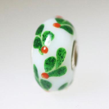 Green Design on White bead