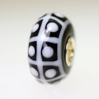 White and Black Unique Bead