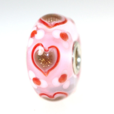 Glitter Hearts On Pink Bead
